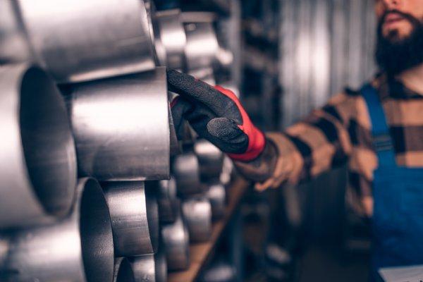 CipherLab's RK25 and RK95 Improve Automotive Manufacturer's Warehouse Management Efficiency